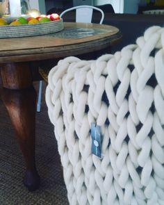 712 Followers, 194 Following, 132 Posts - See Instagram photos and videos from EXTREMO MERINO (@extremo.merino) Knitted Blankets, Merino Wool Blanket, Extreme Knitting, Chunky Knit Throw, Afghan Blanket, Throw Rugs, Afghans, Followers, Videos