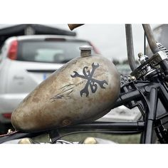 Love tank and the handlebars.