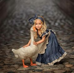 Retro Girl Kid Toddler Baby Princess Party Pageant Denim Tutu Dresses Photograph Hot New Vogue Sweet Fly Sleeve Denim Lace Dress Animals For Kids, Baby Animals, Cute Animals, Beautiful Children, Beautiful Babies, Beautiful Wall, Cute Kids, Cute Babies, Tier Fotos