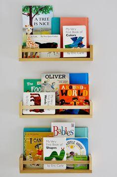 Especiero bekvam ikea como estantería para libros (también para el cuarto de baño)