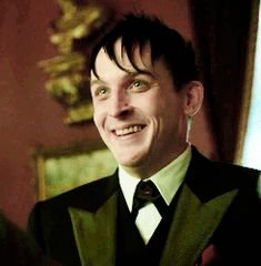 Robin Lord Taylor GIF HUNT This gif hunt contains gifs of Robin Lord Taylor. Penguin Gotham, Gotham Batman, Im Batman, Dc Comics, Robin, Gotham Tv Series, In The Pale Moonlight, Riddler, Joker And Harley Quinn