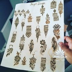 A page full of fingers.not creepy at all. Basic Mehndi Designs, Finger Henna Designs, Henna Art Designs, Mehndi Designs For Girls, Mehndi Designs 2018, Mehndi Designs For Beginners, Mehndi Designs For Fingers, Wedding Mehndi Designs, Mehndi Design Pictures
