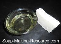 How to Make Castile Bar Soap ~ a Recipe & Tutorial