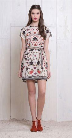 Vestido Floral Étnico