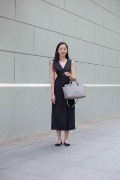 SHENTONISTA: Globe Trotter. Valerie, Sales. Jumpsuit from bYSI, Shoes from #ZARA, Bag from Michael Kors. #shentonista #theuniform #singapore #fashion #streetystyle #style #ootd #sgootd #ootdsg #wiwt #popular #people #male #female #womenswear #menswear #sgstyle #cbd #bYSI #ZARA #MichaelKors #RafflesPlace