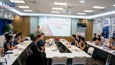 """Ngày 16/03/2019, tại Trụ sở chính USIS Group Sài Gòn, USIS Group đã tổ chức thành công buổi Tọa đàm """"Hội ngộ đỉnh cao EB-5"""" với sự tham dự của đông đảo khách hàng đang quan tâm đến việc cập nhật những thay đổi mới từ Chính phủ Mỹ về điều kiện xét duyệt hồ sơ của chương trình EB-5 trong thời gian sắp tới. Conference Room, Meeting Rooms"""