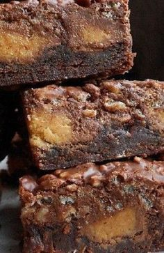 Yum! Peanut Butter Cup Crack Brownies!