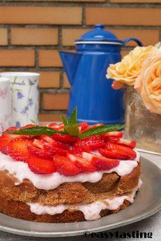 Layered Strawberry Cake Summer recipe