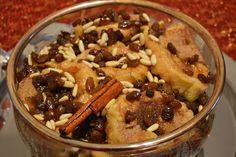 Sweet Little Things by Isabel Castro: Rabanadas no forno em molho de pinhões e passas douradas