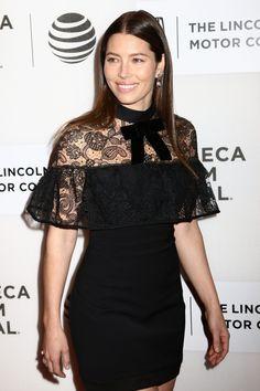 Jessica Biel, la última famosa enamorada de los vestidos de Self-Portrait