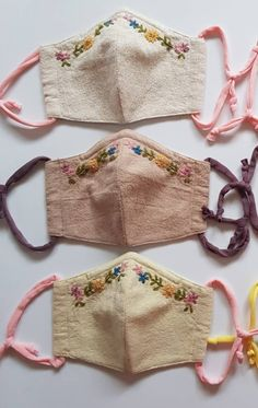 Easy Face Masks, Homemade Face Masks, Diy Face Mask, Floral Embroidery Patterns, Flower Embroidery Designs, Embroidery Stitches, Crochet Mask, Muslin Fabric, Diy Mask