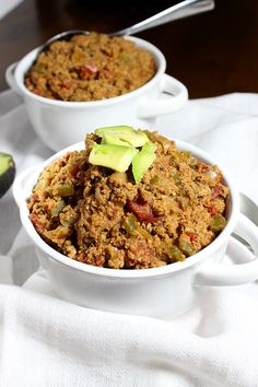 Super Simple Crockpot Turkey Chili {Paleo}