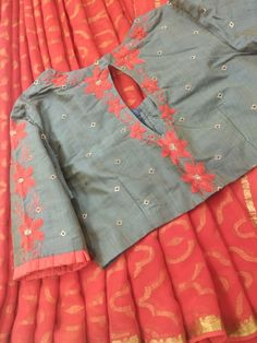 Best 12 Sudhasri hemaswardrobe – Page 404901822750840443 – SkillOfKing.Com Best 12 Sudhasri hemaswardrobe – Page 404901822750840443 – SkillOfKing. Cotton Saree Blouse Designs, Half Saree Designs, Simple Blouse Designs, Stylish Blouse Design, Kurta Designs, Blouse Patterns, Sarees, Ikkat Dresses, Maggam Works