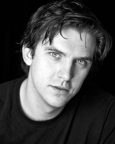 Luke Estevan Photography : Actors Headshot Photographer London