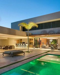 ℹ What do you think about this house? Modern Architecture House, Architecture Design, Style At Home, Modern Villa Design, Pool Houses, House Goals, Exterior Design, Future House, House Styles