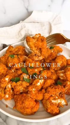 Healthy Meal Prep, Healthy Snacks, Healthy Eating, Healthy Sweets, Vegan Cauliflower Wings, Cauliflower Buffalo Wings, Whole Food Recipes, Cooking Recipes, Vegetarian Recipes