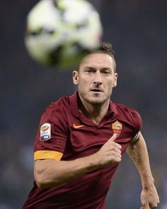 . As Roma, Italian Pronunciation, The Golden Boy, Legends Football, Living Legends, How Big Is Baby, Soccer Players, Rome, Sports