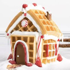 Turn your gingerbread house into a gingerbrunch house and use it as a holiday centerpiece.- I love this bc I hate gingerbread! Christmas Gingerbread House, Christmas Snacks, Christmas Brunch, Christmas Breakfast, Christmas Cooking, Christmas Goodies, Holiday Treats, Holiday Fun, Christmas Holidays