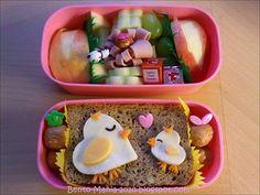 Schöne Cute chicken bento (perfect for the chicken bento box i got livi) - Kawaii Bento Cute chicken bento (perfect for the chic. Kawaii Bento, Cute Bento, Bento Recipes, Baby Food Recipes, Bento Ideas, Lunch Ideas, Food Ideas, Cute Snacks, Cute Food