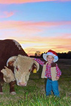 One of our favorite Christmas photos from Bartholomew Cattle Company! #Tennessee