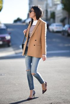 fall / winter - street style - street chic style - casual outfits - fall outfits - winter outfits - work outfits - camel coat + red and white stripe sweater + skinny jeans + burgundy heels + brown sunglasses + black shoulder bag Camel Blazer, Look Blazer, Blazer Outfits, Casual Fall Outfits, Work Outfits, Winter Outfits, Teen Outfits, Girly Outfits, Stripes