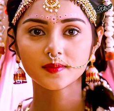 Radha Krishna Pictures, Radha Krishna Photo, Krishna Photos, Lovely Girl Image, Girls Image, Shraddha Kapoor Lehenga, Lord Krishna Wallpapers, Radha Rani, Bollywood Girls