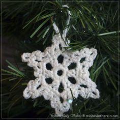 crochet snowflake with loop in Christmas tree - www.wishesintherain.net