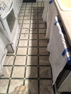 sanding DIY feather finish concrete over tile counters is MESSY Painting Tile Countertops, Diy Concrete Countertops, Tile Counters, Laminate Countertops, Kitchen Countertops, Countertop Makeover, Diy Kitchen, Kitchen Ideas, Feather