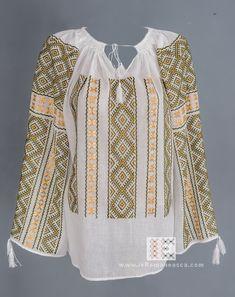 Folk Costume, Costumes, Peasant Blouse, Blouse Dress, Bohemian Fashion, Bohemian Style, Boho, Bell Sleeve Top, Bell Sleeves