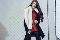Navy Wool Coat, Fur Coat, Stevie Nicks, Fall Winter 2015, Fur Collars, All About Fashion, Legs, Stylish, Celebrities