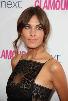 I attended the Glamour Women of The Year Awards and had the pleasure of making up the effortlessly gorgeous Alexa Chung first. To learn how I created this look read my blog post 'Alexa Chung - Glamour Awards - Red Carpet' http://www.lisaeldridge.com/blog/26443/alexa-chung-glamour-awards-red-carpet/#.VV26M_m6fIV #LisaEldridge #makeup #beauty #AlexaChung