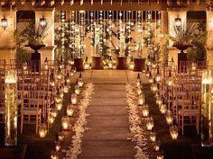 As luzes iluminam, decoram e acolhem. Veja 6 dicas de iluminação para casamento e descubra como tornar a festa e a cerimônia mais bonitas.