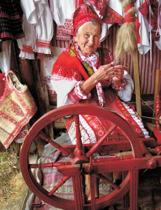 Area of village Heľpa, Horehronie region, Central Slovakia. Bratislava, Popular Costumes, Indigenous Tribes, Heart Of Europe, Folk Embroidery, Unique Architecture, Folk Costume, World Of Color, Eastern Europe