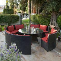 patio gastronomie outdoor möbel set esstisch sofas rote auflage pflanzen