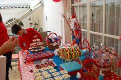 Festa de aniversário; Tema Capuchinho vermelho; Decoração de mesa (2012)