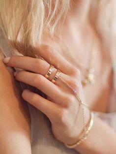 Stunning hand chain!