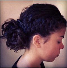 Upstyle with Braids !