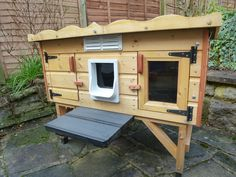 Wooden Outdoor Cat House / Shelter - for up to 2 cats. Quality build VGC.   eBay