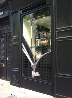 Karl Lagerfeld Zip Windows by StudioXAG, Paris – France » Retail Design Blog