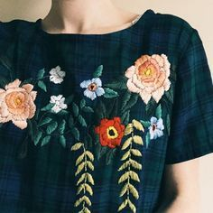 Blouse brodée / broderies fleuries / embroidery flowers