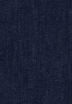 Der dunkelblaue Denim ist der Klassiker unter den Jeans und ein Muss in jedem Kleiderschrank. Wir beziehen diesen hochwertigen Denim von unserem Partner aus Norditalien, einem traditionsreichen Hersteller von Jeansstoffen. Diese wandelbare Jeans passt in den geschäftlichen Alltag im Büro genau so gut wie an ein Rockkonzert, Du kannst dieses perfekte Basic-Kleidungsstück nach Lust und Laune stylen. Diese Jeans wird für Dich individuell maßgeschneidert – wir garantieren Dir optimale Passform. Partner, Blues, Paris, Women, Fashion, Northern Italy, Armoire, Moda, Montmartre Paris