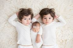 Twins | Newborn Baby | Cleveland | Ohio | Brittany Gidley Photography LLC | Start With The Best | White