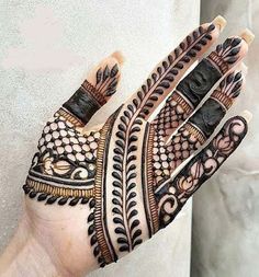Best Indian Mehndi Designs - Mehndi or Henna is a form of body art based on dyes prepared from the plant called Lawsonia inermis. Palm Mehndi Design, Indian Mehndi Designs, Henna Art Designs, Mehndi Designs For Girls, Stylish Mehndi Designs, Mehndi Designs For Beginners, Mehndi Design Pictures, Wedding Mehndi Designs, Mehndi Designs For Fingers