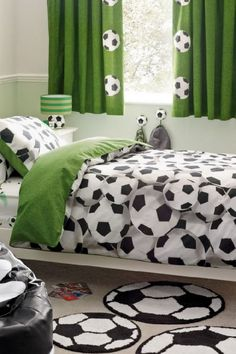 49 Stylish Soccer Themed Bedroom Design For Boys