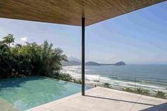 Дом с видом на Атлантический океан