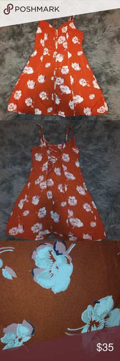 Abercrombie and Fitch patterned dress Floral Skater dress. It has laces in the back to make it tighter or more loose & the straps are also adjustable. Abercrombie & Fitch Dresses Mini