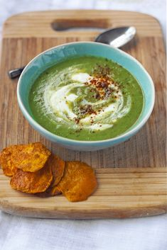Broccoli soup with cashew cream and sweet potato chips