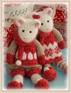 Winter Mice at the Tearoom Knitting by maryjanestearoom Wintermäuse in der Teestube Knitting by maryjanestearoom Knitting Patterns Free, Knit Patterns, Free Knitting, Baby Knitting, Knit Or Crochet, Crochet Toys, Knitting Projects, Crochet Projects, Little Cotton Rabbits
