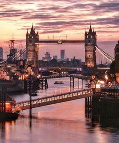 The Power of London England UK United Kingdom Travel Destinations Honeymoon Backpack Backpacking Vacation City Of London, London Bridge, London Night, Europe Destinations, London Photography, Travel Photography, Sunset Photography, Voyager C'est Vivre, England Uk