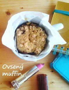 Rýchly ovsený fitness muffin z mikrovlnky na raňajky! Recept na www.fitnessdezerty.sk